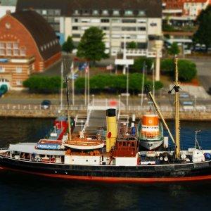 """<a href=""""http://wordpress.dampfschiff-bussard.de/"""">Dampfschiff Bussard, Kiel</a>"""
